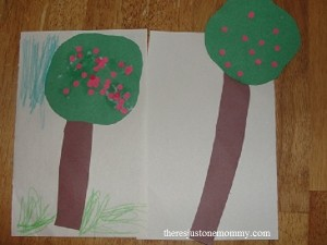 apple tree craft for Dr. Seuss book 10 Apples up on Top