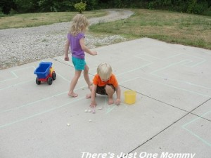 sidewalk chalk ideas 9