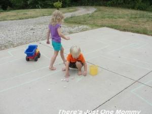 sidewalk chalk ideas 9