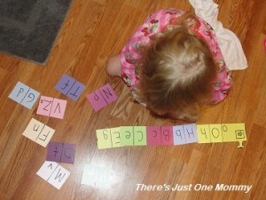 teaching upper and lower case letters