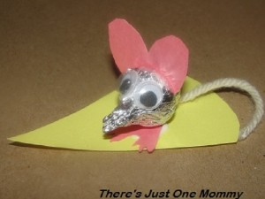 Hershey kiss mouse: Valentine's day craft