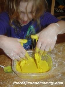 keeping preschoolers busy