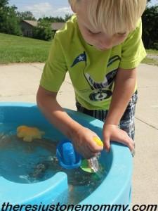 preschooler water table activity