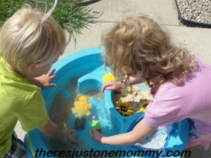 book activity with turtles and frogs