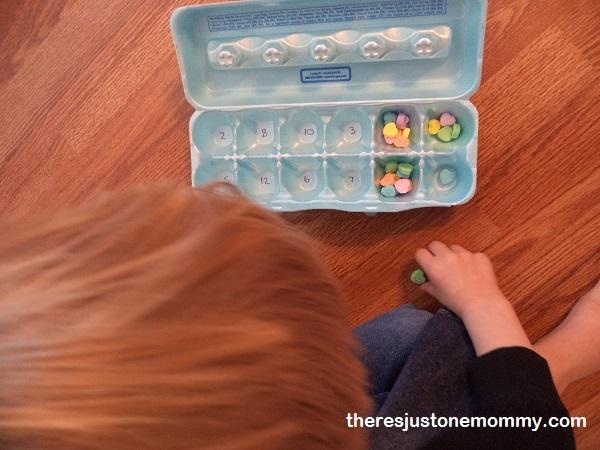preschooler egg carton counting