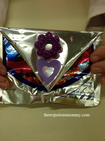drink pouch change purse -- great craft from recyclables!
