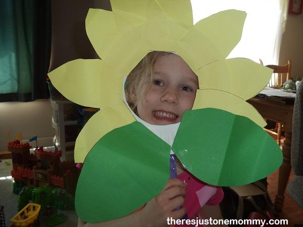Cute kid' sunflower craft -- simple flower craft