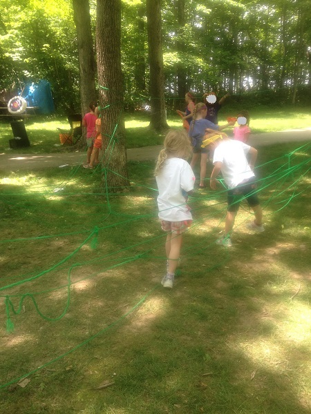 spider web maze - fun idea for summer!