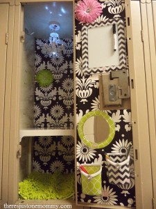 Personalizing school lockers with LockerLookz