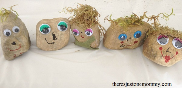 fun Frozen-themed craft: rock trolls