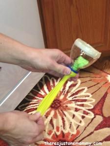 DIY balloon confetti popper