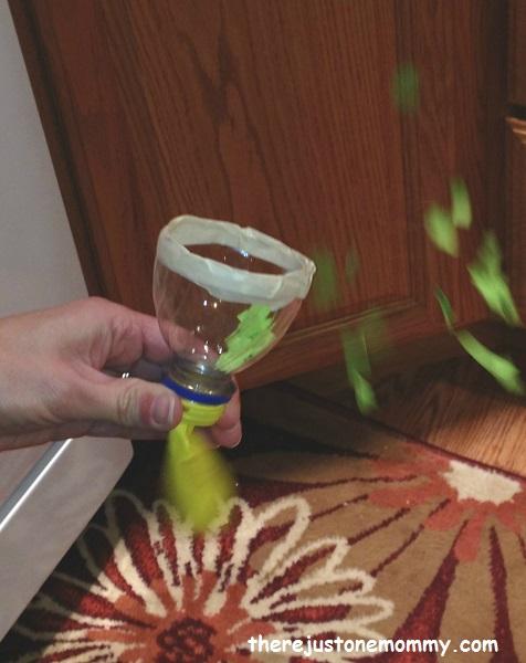 how to make a confetti popper