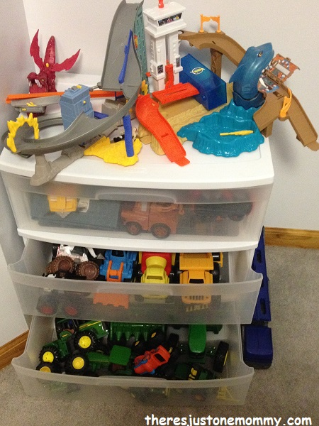 simple toy organization