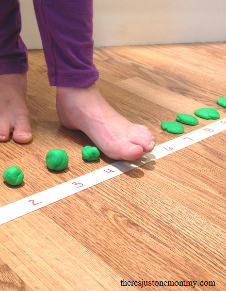 math game for subtraction practice; fun math facts activity to teach subtraction