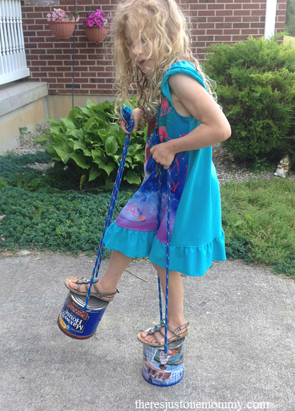 simple outdoor play: tin can stilts