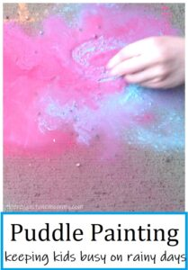puddle painting is a fun rainy day activity for kids
