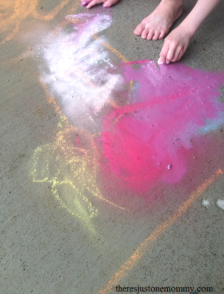 puddle painting -- fun rainy day activity