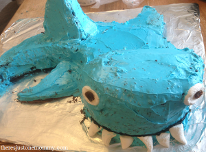 How to make a shark cake