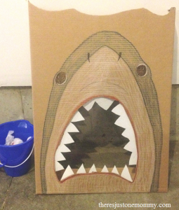 simple shark ball toss game