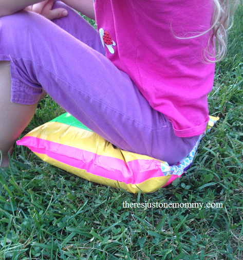 How to make a duct tape Sit-Upon; simple camp craft