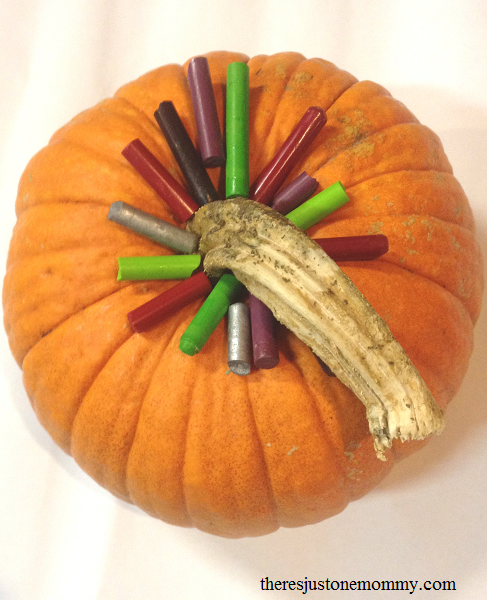 how to create a crayon drip pumpkin