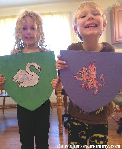 coat of arms craft for castle unit