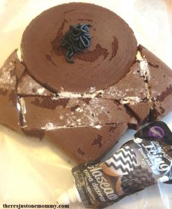 how to make a Darth Vader cake