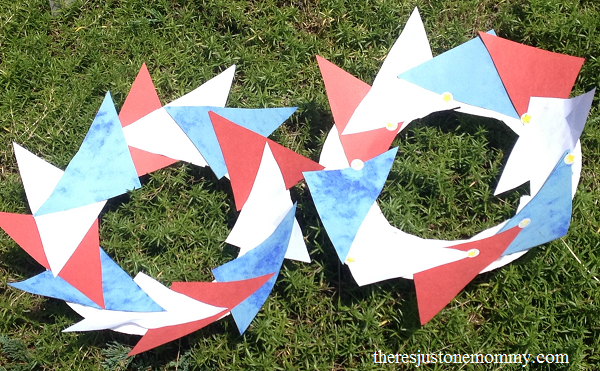 kids 4th of July craft: make your own red, white, and blue wreath