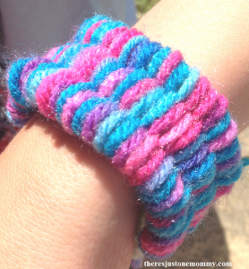 how to do straw weaving -- make a straw weaving bracelet