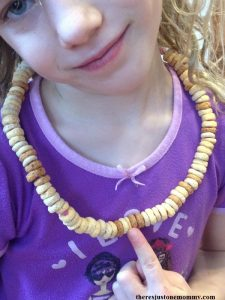 100th day of school activity: make a necklace with cereal