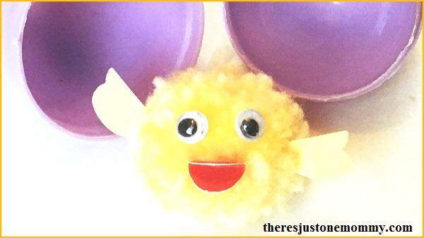 adorable pom pom craft -- make a cute pom pom chick