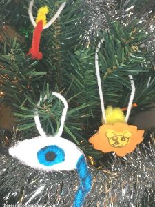 Jesse tree ornaments -- Isaiah ornament and Daniel and the Lion ornament