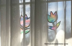tie-dye suncatcher -- colorful kids craft for spring